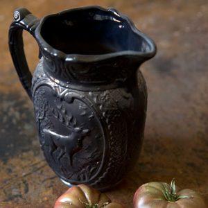Pichet cerf bleu nuit en grès de Digoin, pichet à eau de digoin