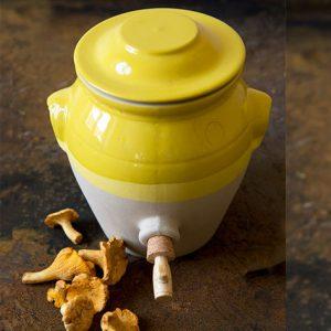 Vinaigrier jaune moutarde de digoin, vinaigrier de la manufacture de digoin