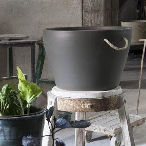 Jarre chaudron gris béton de la Manufacture de Digoin, Pot de fleurs en grès naturel gris béton de 80L